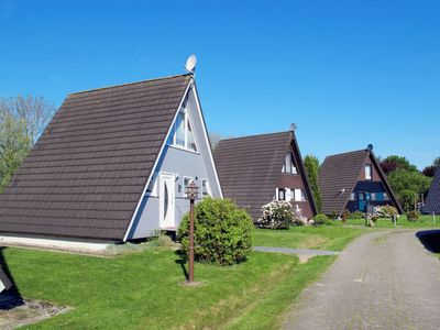 Photo for Vacation home NORDSEE-FERIENPARK FEDDERWARDERSIEL (FDD102) in Fedderwardersiel - 6 persons, 2 bedrooms