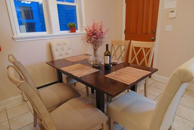 Dining table with seating capacity up to 6 with leaf