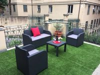Great apartment and terrace.Good central location
