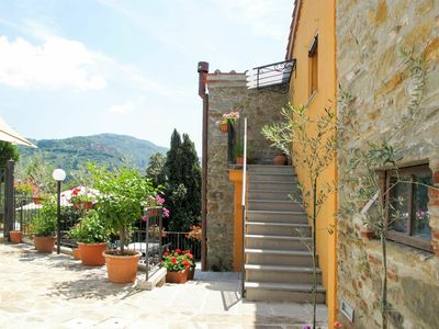 Photo for Lovely apartment for 4 guests with pool, WIFI, TV and parking