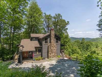 Photo for AppalJack Retreat - Pet Friendly home between Boone & Blowing Rock, Hot tub!