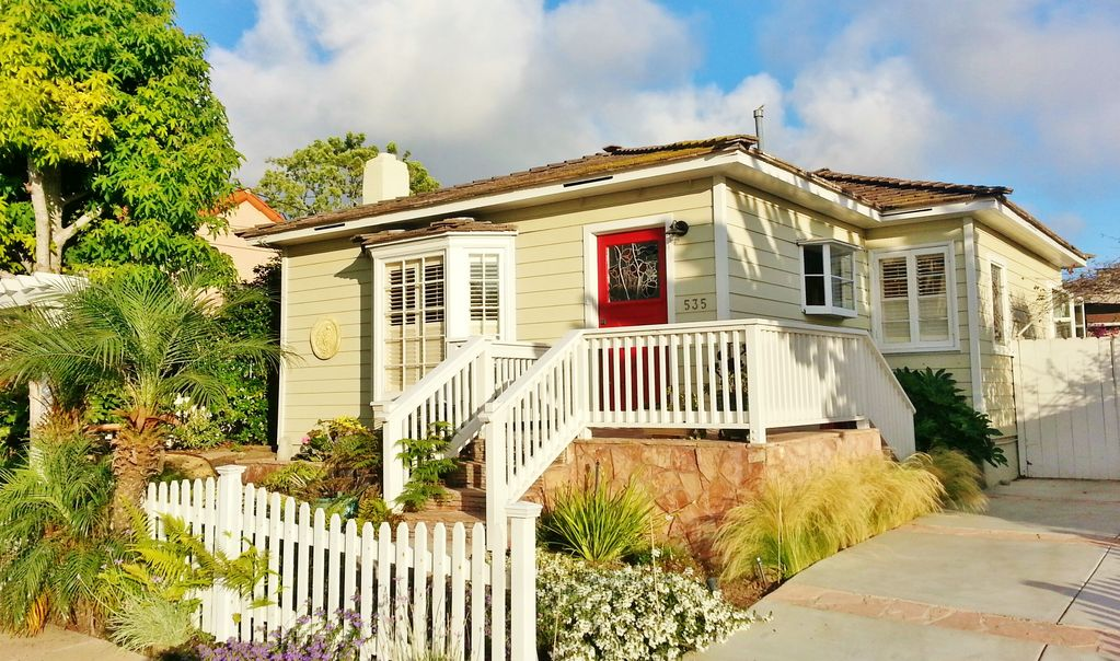 Beautiful 1940 S La Jolla Beach Cottage And Gardens