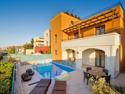 Photo for Vacation home Afroditi in Plaka - 7 persons, 4 bedrooms