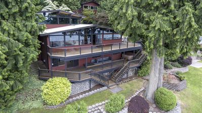 Photo for Stunning Pacific Northwest Lakehouse on 100' waterfront near Seattle!