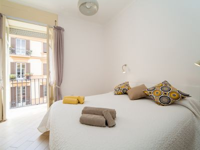 Photo for NapoliCentro Suite!Amazing Flat in the City Centre | Duomo Area