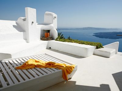 Photo for Minimal House Monday Santorini, 1 Bedroom 1 Bathroom, Up to 2 Guests, with outdoor Jacuzzi. A picture-perfect postcard  !