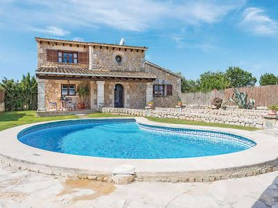 Photo for Intimate country Villa w/pool and shaded terrace