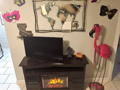 Electric Fireplace, Flamingeaux.