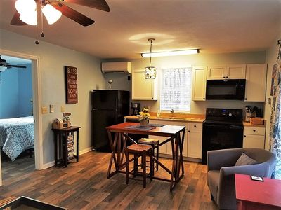 Photo for Dogwood Cottage for 2 less than 3 miles to BILTMORE Park &  Blue Ridge Parkway