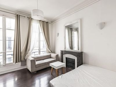 Photo for Pretty Parisian studio in the heart of 8th, St. Honoré Madeleine / Monthly