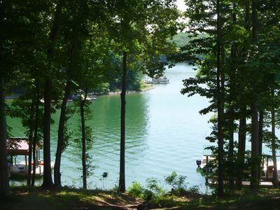 Photo for Lakeside Retreat Quiet Cove Total Renovated, WiFi, Hot Tub, Kayaks, Dogs Allowed