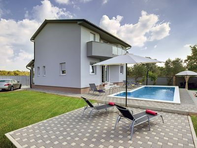 Photo for Holiday house Vodnjan for 8 - 10 persons with 4 bedrooms - Holiday house