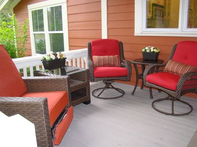 Front covered deck with entry into kitchen/dining