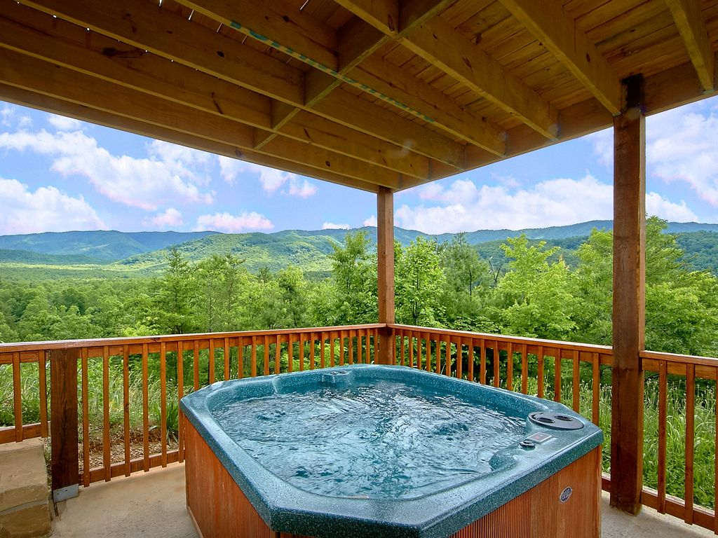 family and stays group sevierville cabins rentals reunions pigeon corporate luxury tn vacations in forge are gatlinburg available dsc valley large for wears tennessee cabin retreats