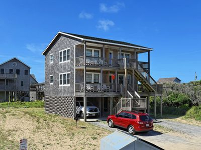 Photo for Pelican Place Cottage- Short walk to beach- Community Pool & Spa