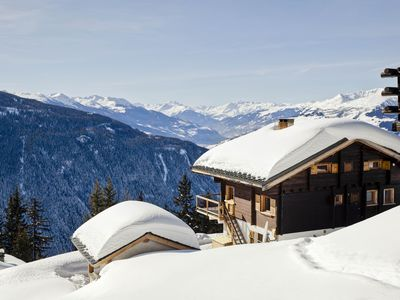 Photo for Luxurious CHALET with outdoor SPA, 10p, 5ch, 5sdb, LA ROSIERE station