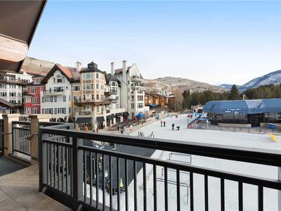 Photo for Ski-in/ski-out condo with shared pool & hot tubs in heart of Lionshead Village