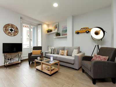 Photo for Apartment in the center of Madrid with Internet, Air conditioning (911364)