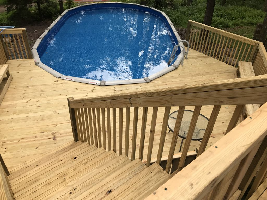6 bedrooms with private swimming pool sleep vacationrentals for Pocono rental with private swimming pool