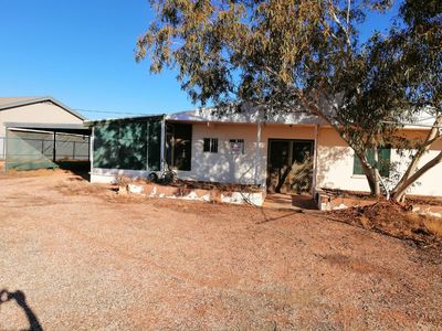 Photo for Experience Coober Pedy like a local!