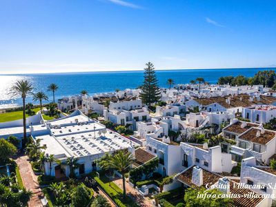 Photo for Estepona-Villacana. Ground floor apartment near the sea