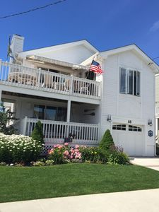 Photo for Beachblock Beauty -- Listen to the Sound of the Sea. Owner pays Service Charges