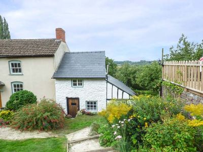 Photo for River View Cottage, FOWNHOPE