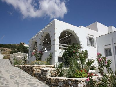 Photo for Villa Appleton Filoxenia 4/186 offers magnific... - Four Bedroom Villa, Sleeps 10