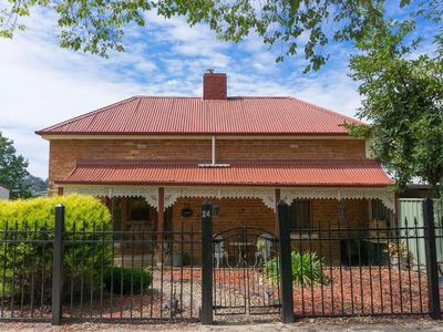 Photo for Linden Cottage Beechworth