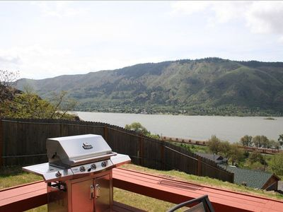 Deck with Barbeque and the best view!