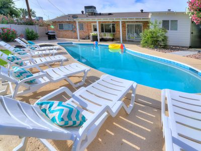 Photo for Spacious 4BR Modern Escape in Scottsdale with Resort Themed POOL!