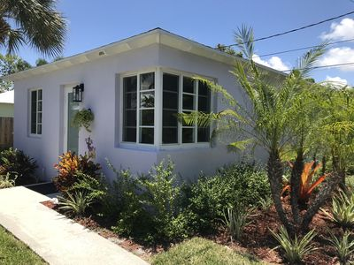 Photo for Beach Chic Cottage near town and beach w/washer+dryer