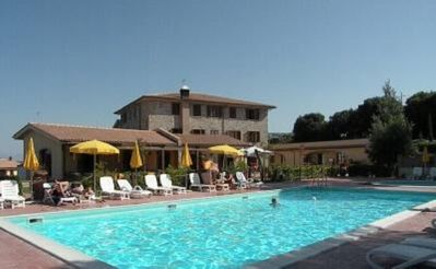Photo for Apartment in Village-Residence La Pieve di Pomaia - Swimming pool - WiFi -Toscana