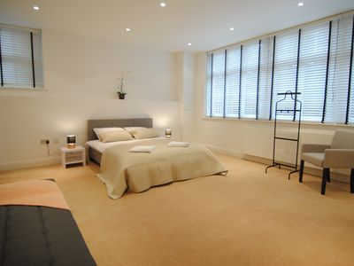 Photo for Luxury 2 Bedroom Apartment near Big Ben