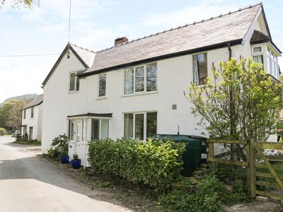 Photo for MINFFORDD, family friendly in Llanarmon Dyffryn Ceiriog , Ref 930779