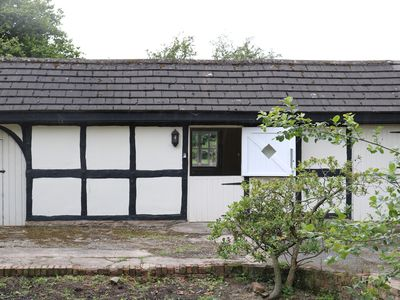 Photo for Charming Detached Annexe Property