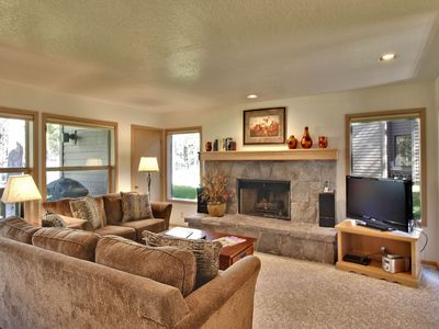 Photo for The Ridge at Sunriver - Condo #29 - Access provided to onsite seasonal swimming pool & tennis facilities, year-round hot tub plus 4 bikes