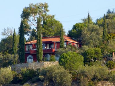 Photo for Light-flooded Villa Rossa in the olive grove, with sea views, 6 km from the sea