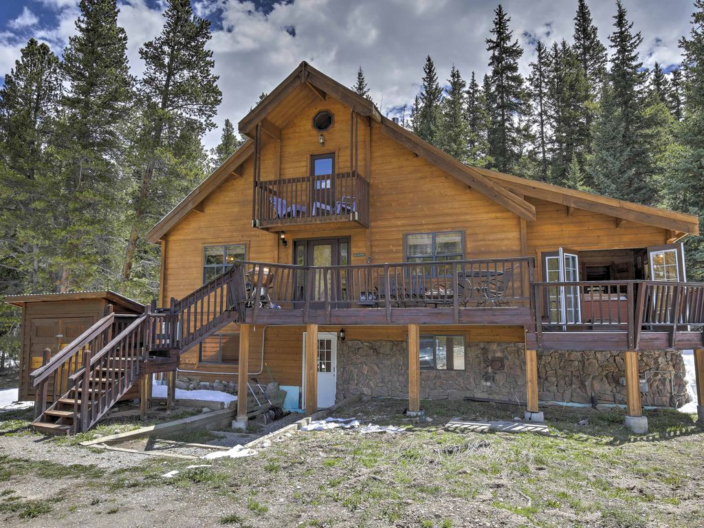 property s luxury and views tub beach deal loft cabins home mtn blue from image ha in the breckenridge river yards hot conservation cabin bed area w
