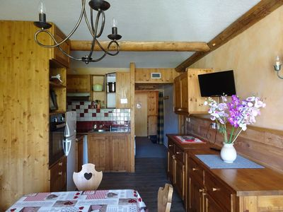 Photo for Arc 2000: beautiful sunny apartment at the foot of the slopes of Paradiski
