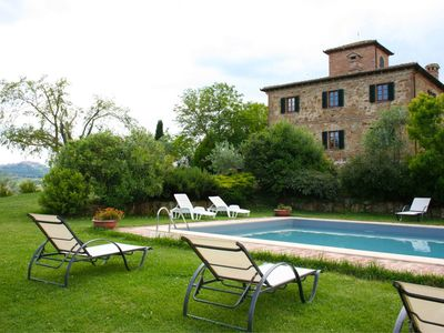 Photo for Private Villa with private pool, WIFI, TV, washing machine, parking, close to Montepulciano