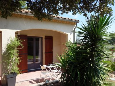 Photo for Studio with terrace between Alpilles and Avignon