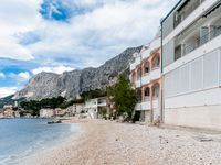 Fantastic location, next to the see, great owner