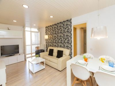 Photo for Apartment Eixample Dret Mallorca Lepant 02 in Barcelona - 4 persons, 3 bedrooms