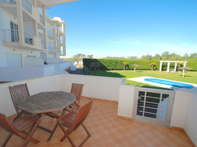 Photo for Barrel - Apartment in Nazaré with partial sea views and two pools.