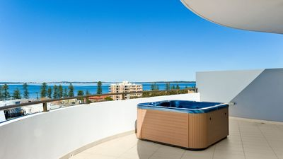 Photo for Luxury Oceanview Penthouse (3 bedrooms/2 bathrooms)