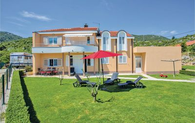 Photo for 3 bedroom accommodation in Bacina