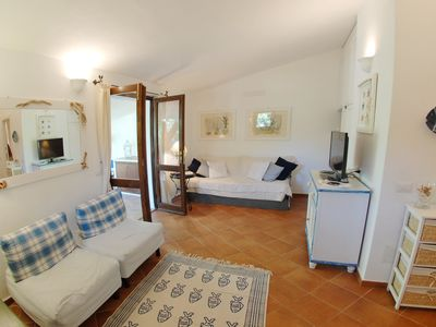 Photo for Villetta Il Carrubo! Perfect for families, athletes, animal lovers, sun worshipers