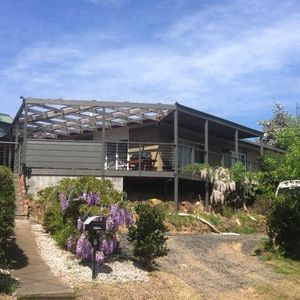 Mittagong Villa Centrale- Sun-drenched Town Views