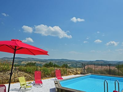 Photo for Villa 4/6 people private pool nice view